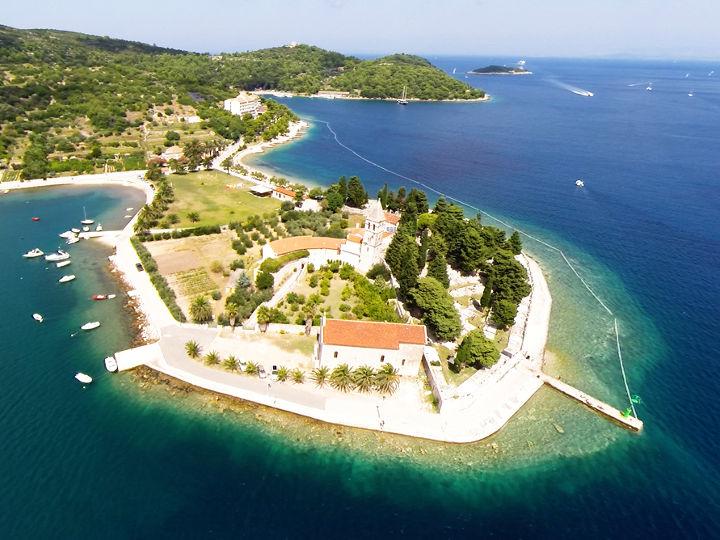monastero isola Vis Croazia